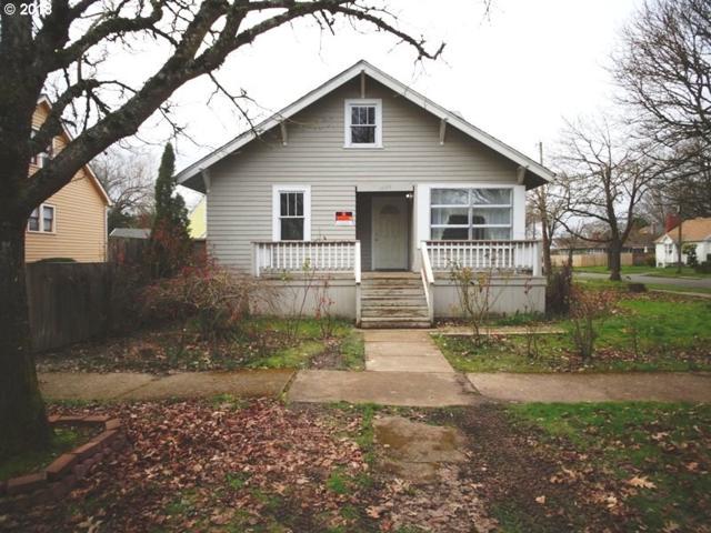 1095 15TH St NE, Salem, OR 97301 (MLS #18104874) :: Hatch Homes Group