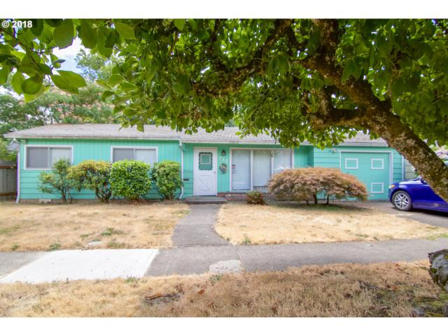 712 E Sherman St, Newberg, OR 97132 (MLS #18105452) :: McKillion Real Estate Group