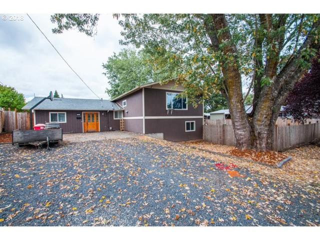 225 S 19TH St, St. Helens, OR 97051 (MLS #18105826) :: Premiere Property Group LLC