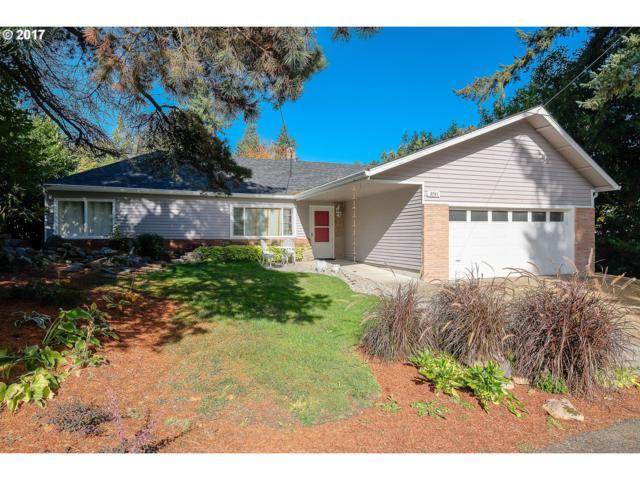 3741 SW Pomona St, Portland, OR 97219 (MLS #18107381) :: R&R Properties of Eugene LLC