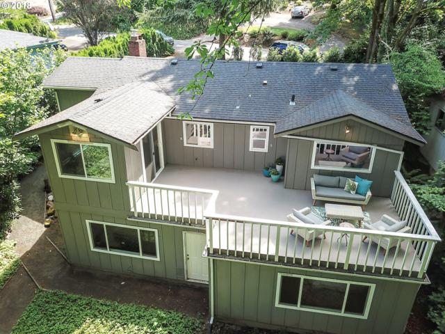 9501 SW 8TH Dr, Portland, OR 97219 (MLS #18114647) :: Portland Lifestyle Team