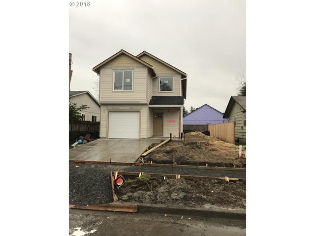 1204 E 8TH St, Newberg, OR 97132 (MLS #18115091) :: McKillion Real Estate Group