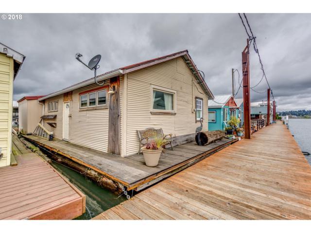 2915 NE Marine Dr, Portland, OR 97211 (MLS #18116195) :: Hatch Homes Group