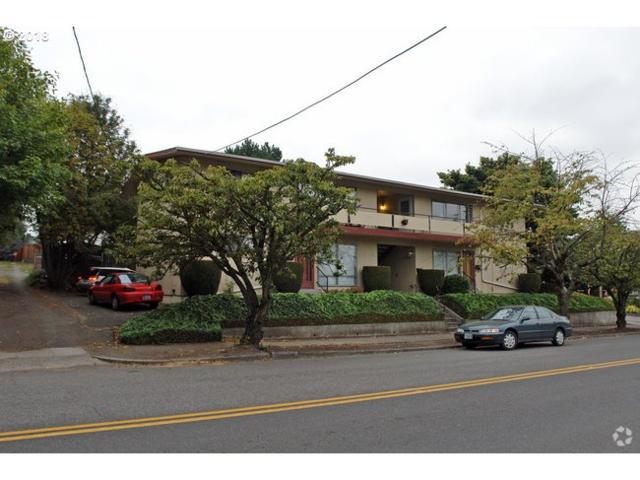 5411 SE 17TH Ave, Portland, OR 97202 (MLS #18118766) :: Portland Lifestyle Team