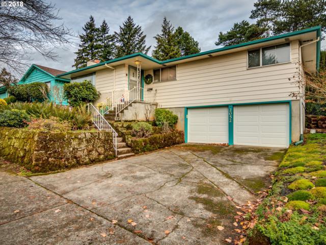 2052 SE 103RD Dr, Portland, OR 97216 (MLS #18120956) :: Matin Real Estate