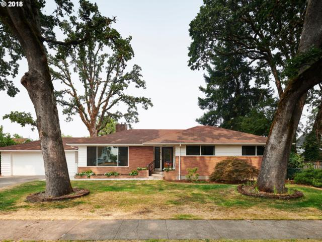 1827 17TH Ave, Forest Grove, OR 97116 (MLS #18121048) :: Hillshire Realty Group