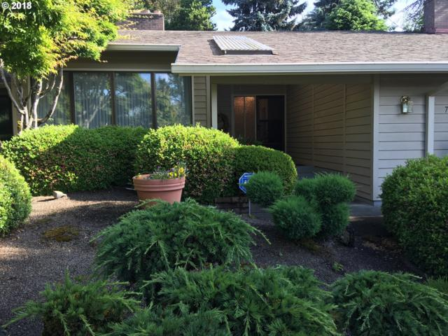 7385 SW Willowmere Dr, Portland, OR 97225 (MLS #18121516) :: Hatch Homes Group
