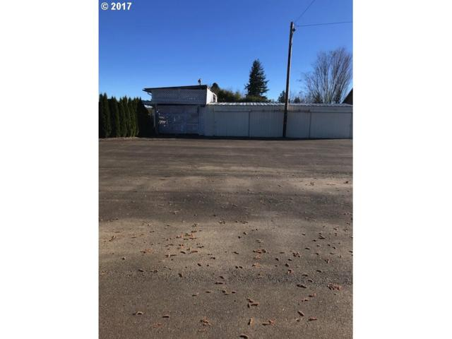 2 E Eckerd Ave #3, Molalla, OR 97038 (MLS #18124331) :: R&R Properties of Eugene LLC