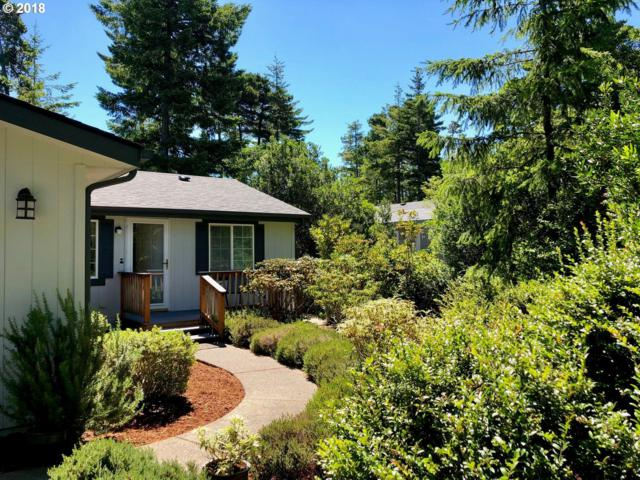 157 42ND Way, Florence, OR 97439 (MLS #18126900) :: Cano Real Estate