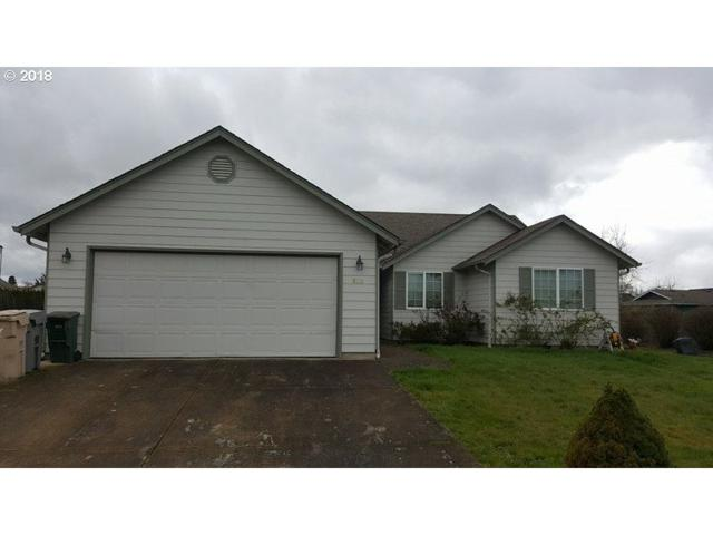 810 Arrow Leaf Ave #1, Harrisburg, OR 97446 (MLS #18143210) :: Hatch Homes Group