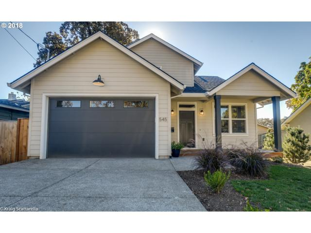 545 E Gloucester St, Gladstone, OR 97027 (MLS #18143468) :: Change Realty