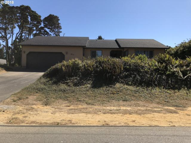 877 8TH St SW, Bandon, OR 97411 (MLS #18148382) :: Stellar Realty Northwest