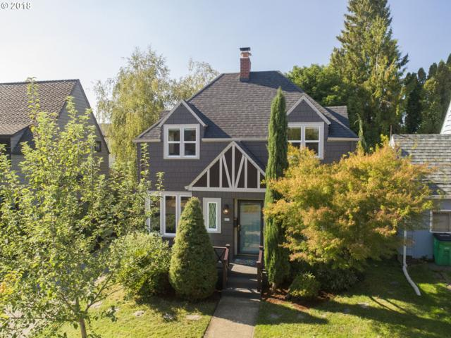631 SE Peacock Ln, Portland, OR 97214 (MLS #18148538) :: Fox Real Estate Group