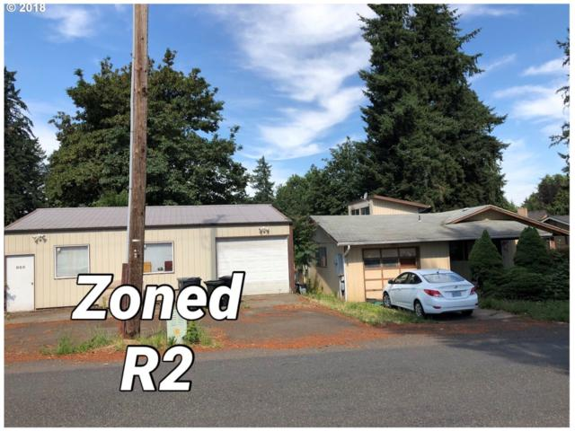 925 N Pine St, Canby, OR 97013 (MLS #18150975) :: Fox Real Estate Group