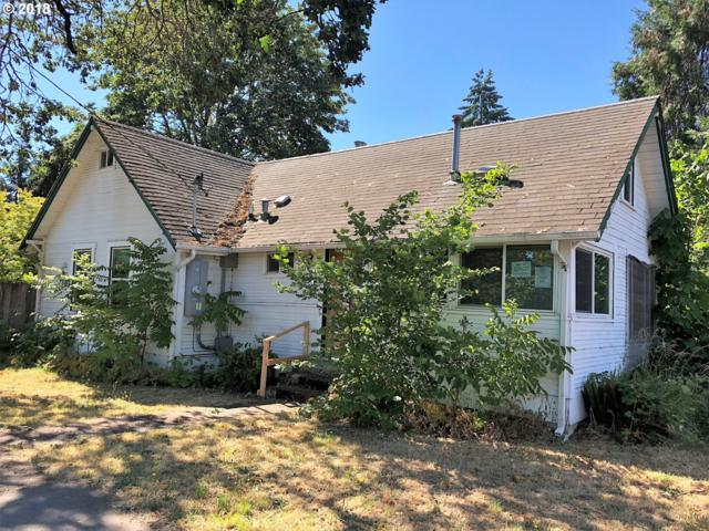 705 E Quincy Ave, Cottage Grove, OR 97424 (MLS #18151698) :: Song Real Estate