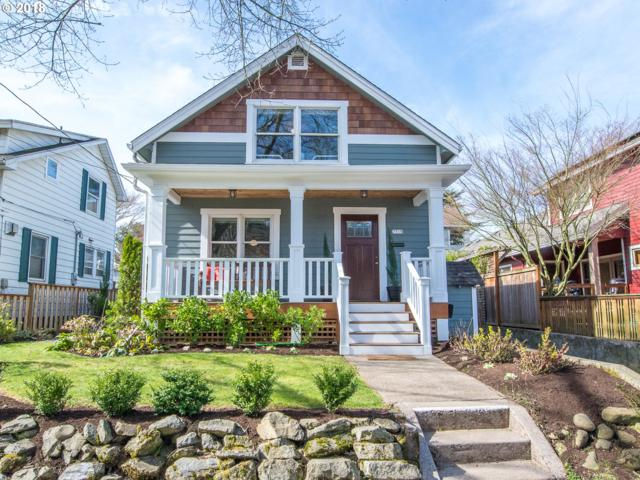 7715 SE 16TH Ave, Portland, OR 97202 (MLS #18158408) :: Hatch Homes Group