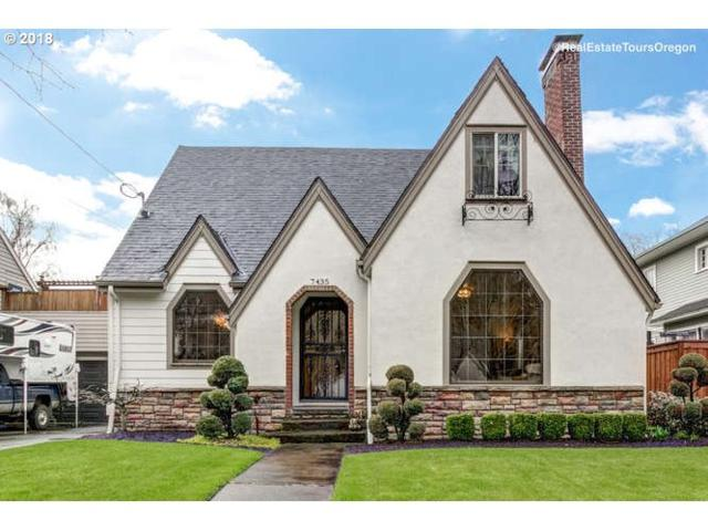 7435 SE 31ST Ave, Portland, OR 97202 (MLS #18161690) :: Premiere Property Group LLC