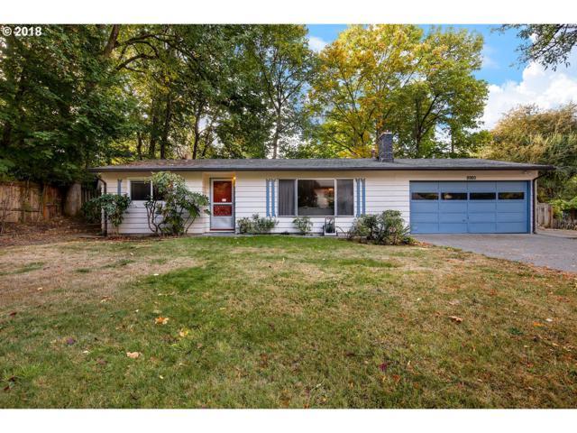 8980 SW Meadow Ln, Portland, OR 97225 (MLS #18162416) :: McKillion Real Estate Group