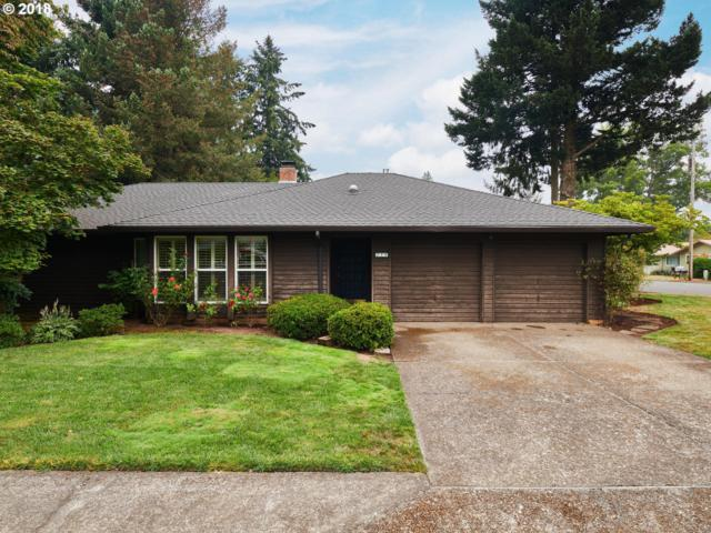210 NW 12TH Ave, Canby, OR 97013 (MLS #18163273) :: Hatch Homes Group