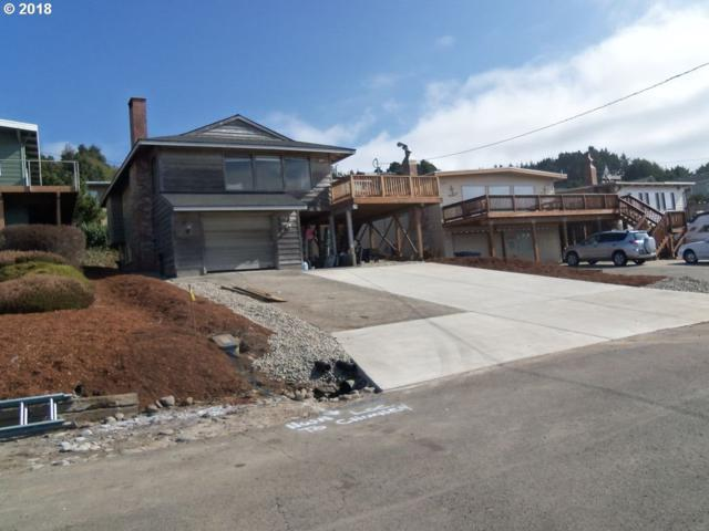 6542 NE Mast Ave, Lincoln City, OR 97367 (MLS #18169572) :: Hatch Homes Group