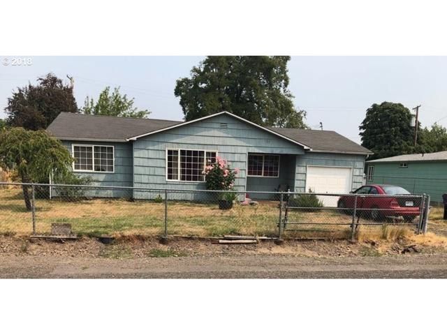 459 32ND St, Springfield, OR 97478 (MLS #18170964) :: Team Zebrowski