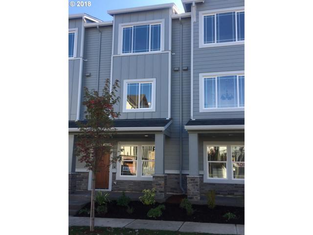 28519 SW Paris Ave, Wilsonville, OR 97070 (MLS #18172799) :: Fox Real Estate Group