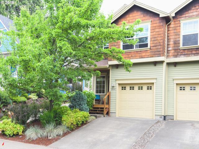 4046 NE 8TH Ave, Portland, OR 97212 (MLS #18173367) :: The Sadle Home Selling Team