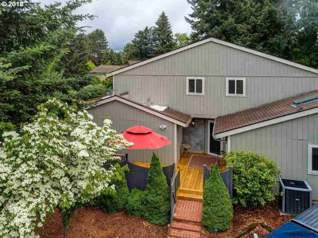 959 NW 11TH St, Mcminnville, OR 97128 (MLS #18173938) :: Portland Lifestyle Team