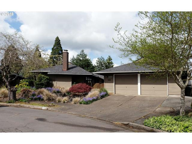 5588 NW Edgebrook Pl, Portland, OR 97229 (MLS #18176001) :: Next Home Realty Connection