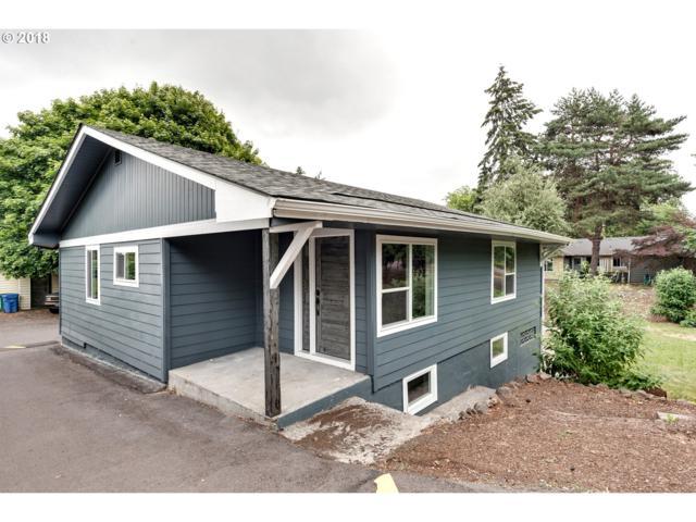 5225 SE Hill Rd, Milwaukie, OR 97267 (MLS #18176309) :: McKillion Real Estate Group