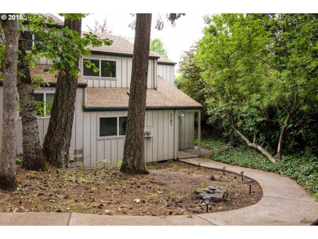 2101 Hawkins Ln, Eugene, OR 97405 (MLS #18178486) :: Fox Real Estate Group