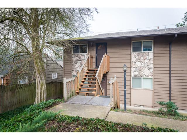 5005 SW Mitchell St #10, Portland, OR 97221 (MLS #18178884) :: Hatch Homes Group