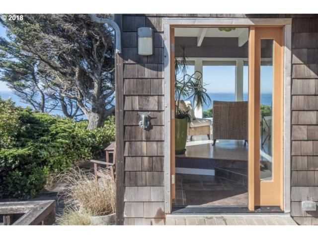 2645 SW Anchor Ave, Lincoln City, OR 97367 (MLS #18184281) :: Hatch Homes Group