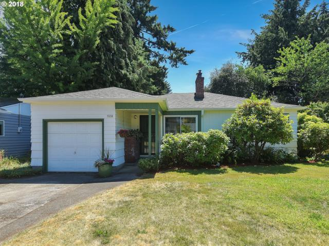 7638 SE Stephens St, Portland, OR 97215 (MLS #18188233) :: The Sadle Home Selling Team