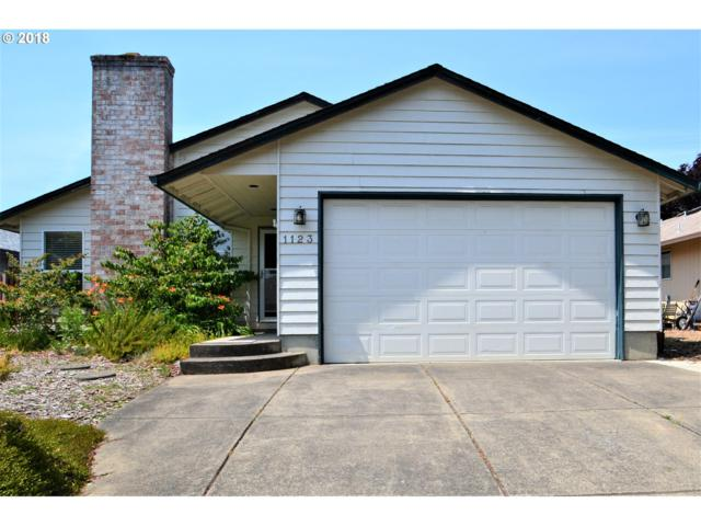 1123 SW 215TH Ave, Beaverton, OR 97003 (MLS #18191594) :: Next Home Realty Connection