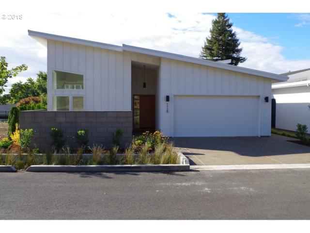 1128 Hyde Park Pl, Eugene, OR 97401 (MLS #18191819) :: Song Real Estate