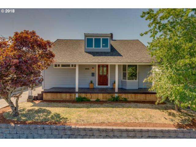 6025 N Campbell Ave, Portland, OR 97217 (MLS #18191927) :: Hatch Homes Group
