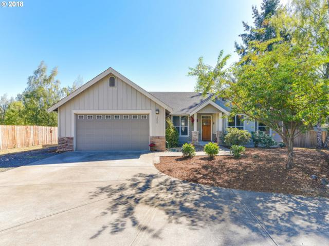 200 SW 7TH St, Dundee, OR 97115 (MLS #18193961) :: The Sadle Home Selling Team