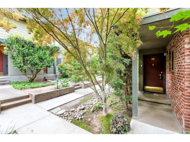 908 SW Gaines St #26, Portland, OR 97239 (MLS #18194008) :: Next Home Realty Connection