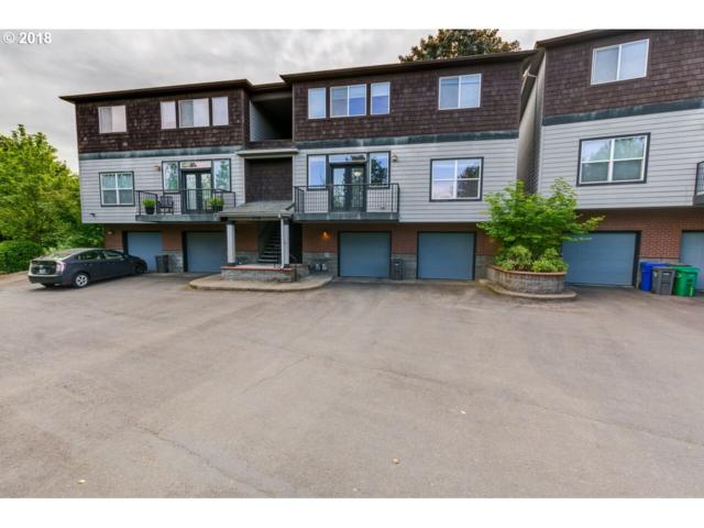9746 SW 34TH Pl #5, Portland, OR 97219 (MLS #18196480) :: Hatch Homes Group