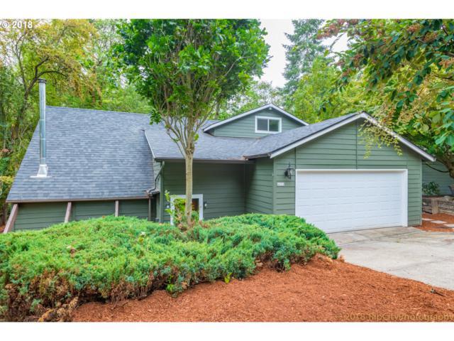 4652 SW 49TH Ave, Portland, OR 97221 (MLS #18198724) :: Portland Lifestyle Team