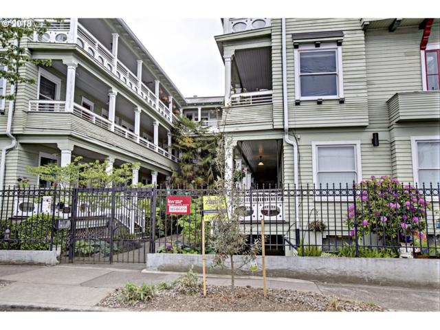 2127 NW Irving St #305, Portland, OR 97210 (MLS #18200200) :: The Sadle Home Selling Team