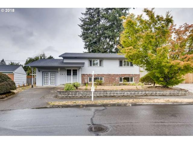 301 NE 166TH Ave, Portland, OR 97230 (MLS #18202357) :: Portland Lifestyle Team