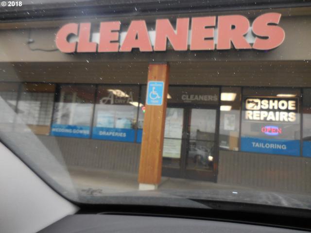 14312 SW Allen Blvd, Beaverton, OR 97005 (MLS #18203057) :: Stellar Realty Northwest