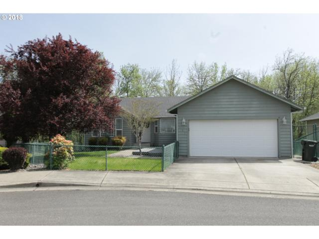 485 SE Clearwater Ct, Roseburg, OR 97470 (MLS #18206197) :: Keller Williams Realty Umpqua Valley