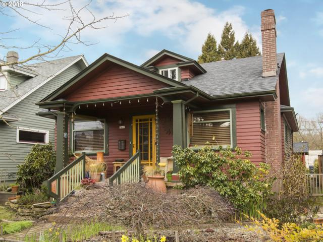 1445 SE Division St, Portland, OR 97202 (MLS #18208986) :: Hatch Homes Group