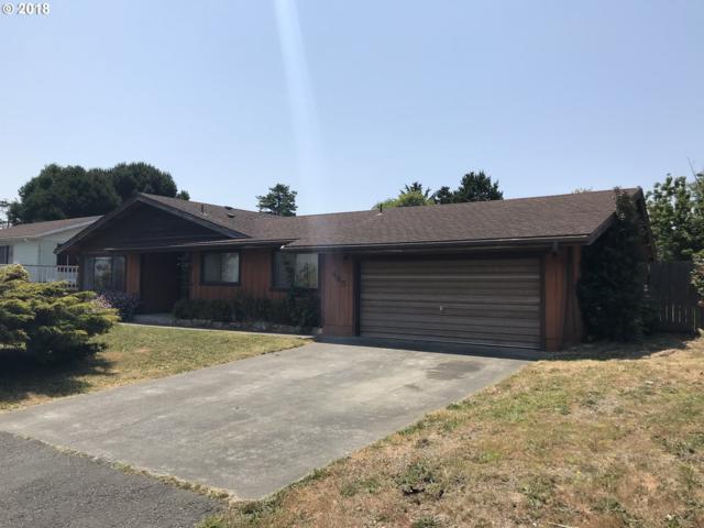 445 Buena Vista Loop, Brookings, OR 97415 (MLS #18209482) :: Portland Lifestyle Team