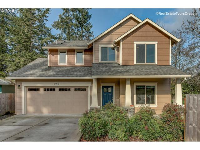 705 Dayton Ave, Newberg, OR 97132 (MLS #18211583) :: Fox Real Estate Group