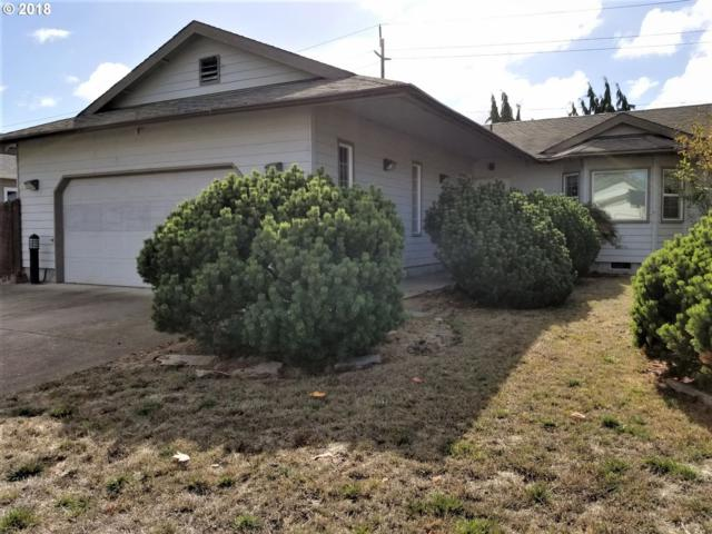 2246 Dale Ave, Eugene, OR 97408 (MLS #18214508) :: Team Zebrowski