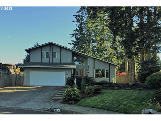 903 S 56TH St, Springfield, OR 97478 (MLS #18216366) :: Team Zebrowski